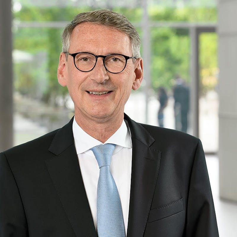 Frank Hilbert, Sprecher des Vorstands der Hannoverschen.